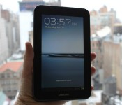 this-is-samsungs-first-tablet-to-ship-with-the-newest-version-of-android-ice-cream-sandwich-heres-the-lock-screen